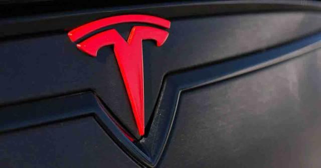 """Tesla in trouble """"Again"""""""