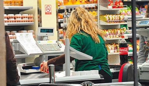 «Μάχη» για να μην περάσει η ρύθμιση, να λειτουργούν τα εμπορικά καταστήματα 52 Κυριακές το χρόνο, θα δώσουν οι έμποροι