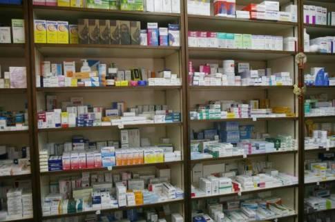 Σε αναστολή της επί πιστώσει χορήγησης φαρμάκων στους ασφαλισμένους του ΤΑΠ-ΟΤΕ δεν αποκλείεται να προχωρήσουν οι φαρμακοποιοί, σε περίπτωση που το Ταμείο δεν πληρώσει για συνταγές που εκτελέστηκαν