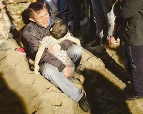 Sandcastle Building Son Buried By Lorry