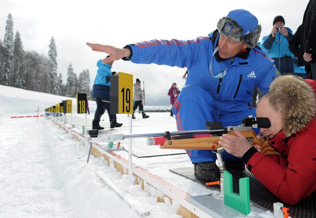 Putin at paralympic championship on ski races and biathlon