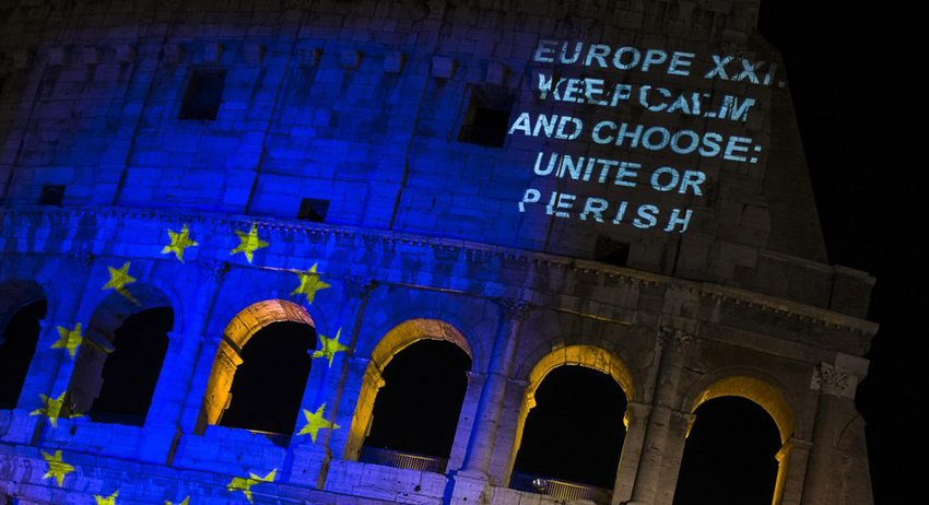 Η Ευρώπη σβήνει 60 κεριά και επιλέγει πορεία