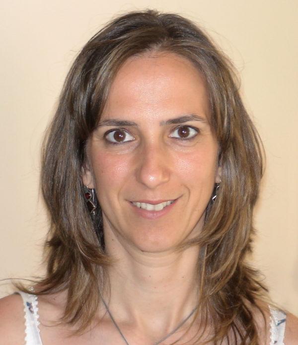 Ταξίδεψε πίσω στο προϊστορικό Διμήνι… η εκπαιδευτικός-συγγραφέας Ελένη Λαμπράκη