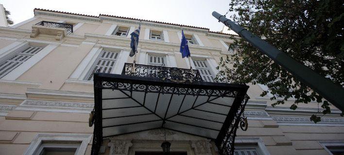 Σε διαθεσιμότητα 3 στελέχη της Ευρωβουλής στην Αθήνα από την OLAF