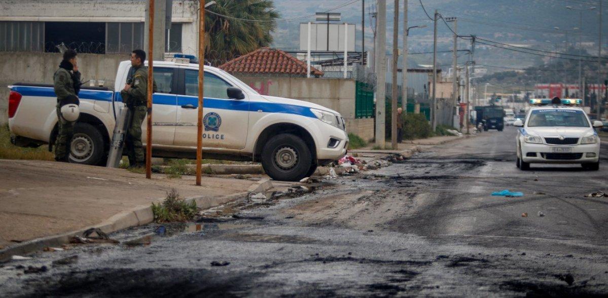 Κόρινθος: Συμπλοκές Ρομά με αστυνομικούς – Γενικευμένα επεισόδια