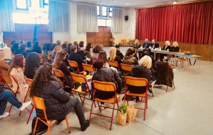 Αποτελεσματικότερη συμβουλευτική στήριξη των νέων –Ομιλία του Χρ. Τριαντόπουλου σε εκδήλωση στη Ζαγορά