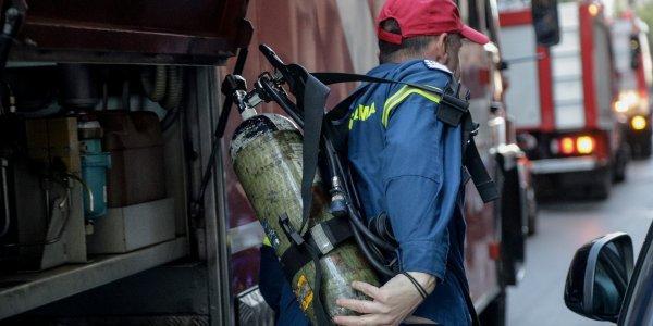 Γυναίκα εντοπίστηκε νεκρή σε κατάσβεση πυρκαγιάς σε μονοκατοικία στη Βάρη