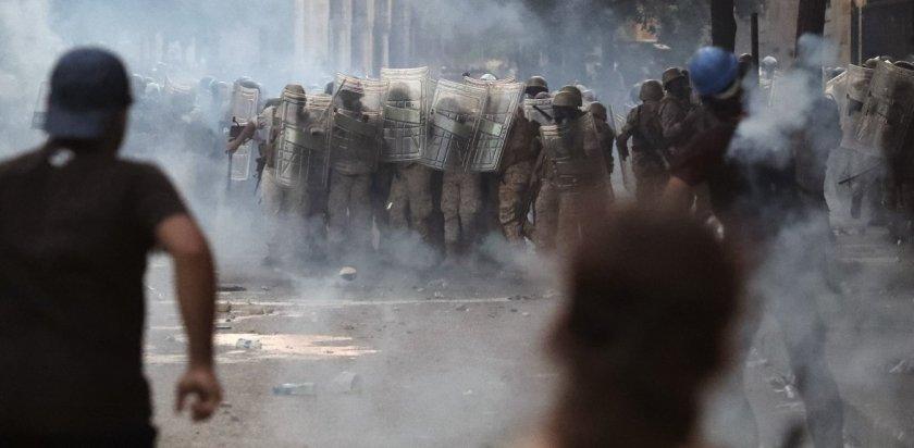 Λίβανος: Παραιτήθηκε η κυβέρνηση μετά την κατακραυγή