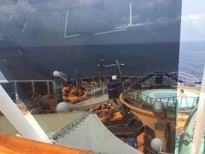MSCスプレンディダ船尾のジャグジー