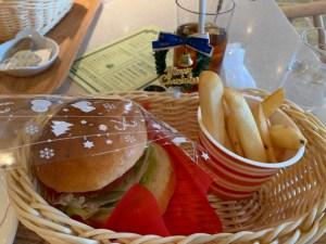 飛鳥IIのハンバーガー