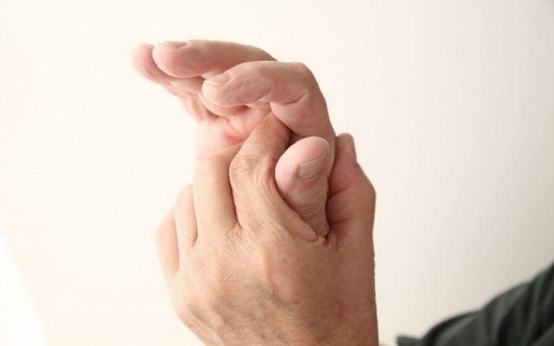Γιατί μουδιάζουν τα χέρια μου όταν κοιμάμαι;
