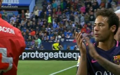 Resultado de imagen para neymar aplaude malaga