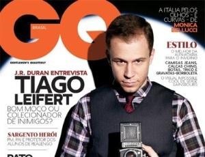 https://i2.wp.com/e.imguol.com/esporte/2011/05/11/capa-da-revista-gq-com-tiago-leifert-11052011-1305150001275_300x230.jpg