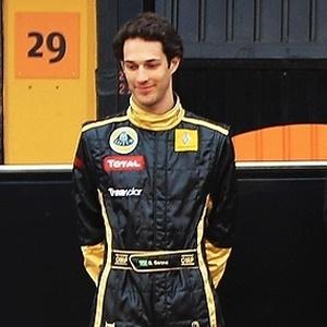 Bruno Senna ocupará o lugar de Heidfeld e pilotará um dos carros da Renault no GP da Bélgica