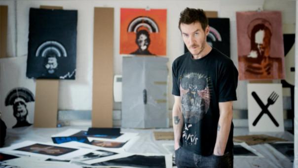 Robert del Naja (51 años) es el líder de la banda británica Massive Attack, considerada como la máxima exponente del género 'trip hop', un género que mezcla la música electrónica y el hip hop.