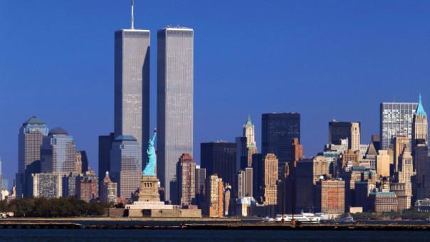 Antes del atentado, las Torres Gemelas del World Trade Center albergaban oficinas y era uno de los símbolos arquitectónicos más famosos de Nueva York junto a la Estatua de la Libertad.