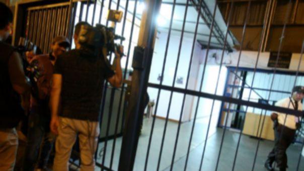 La noche de este viernes se produjeron las intervenciones a Luyo y Castro. El primero fue capturado, el segundo no fue hallado.
