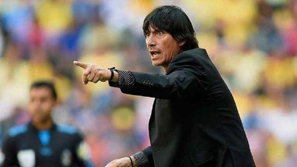 Ángel Comizzo entrenador de Universitario.