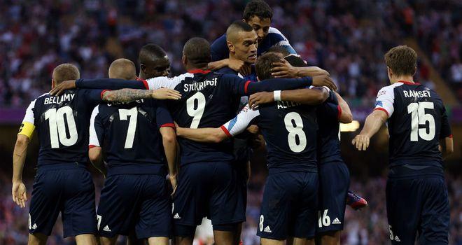 https://i2.wp.com/e0.365dm.com/12/08/660x350/Daniel-Sturridge-Celebration-Football-Men-s-G_2805189.jpg