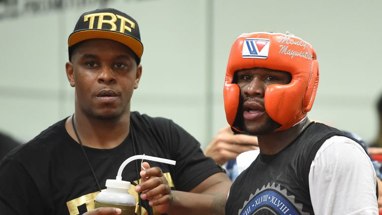 Fighters have to earn the respect of Mayweather in sparring