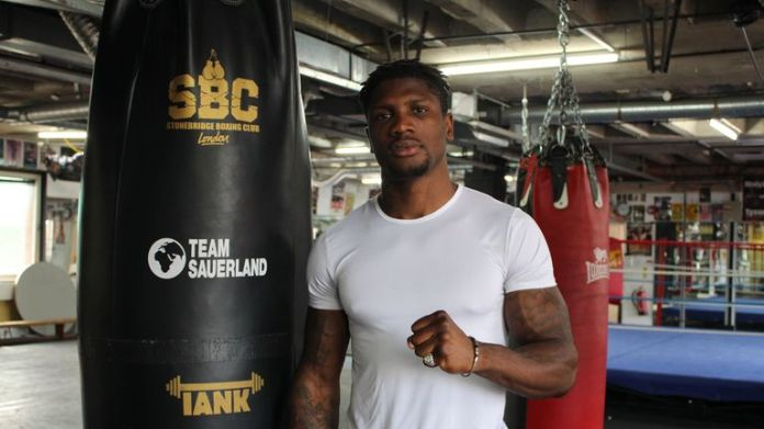 Mikael Lawal moved to 5-0 on the undercard (Team Sauerland)