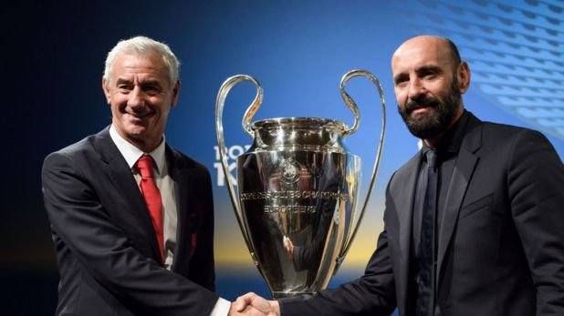 Monchi (R) is currently the director of football at Roma