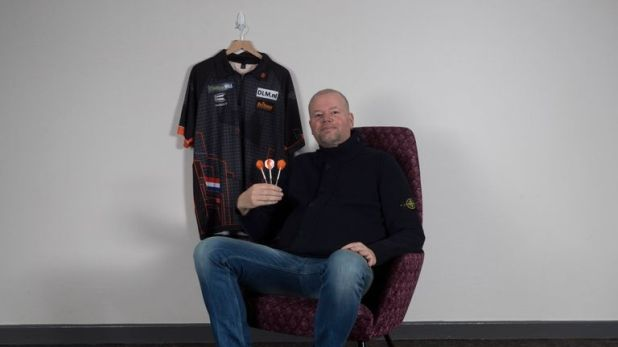 Raymond van Barneveld won the 2007 PDC World Championship on his debut