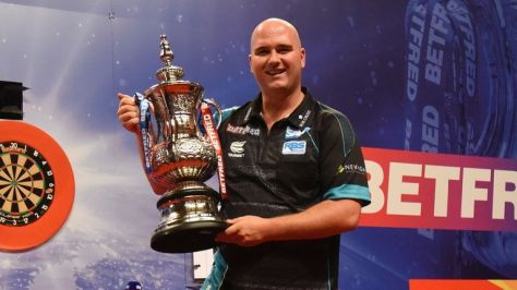 Smith will take on 2019 champion Rob Cross for a place in the second round