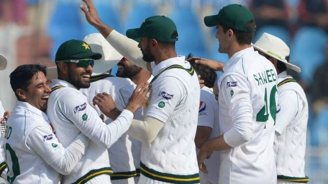 Pakistan are to send 28 players to England for the tour