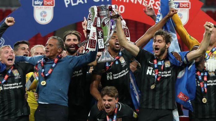Northampton awansuje do pierwszej ligi