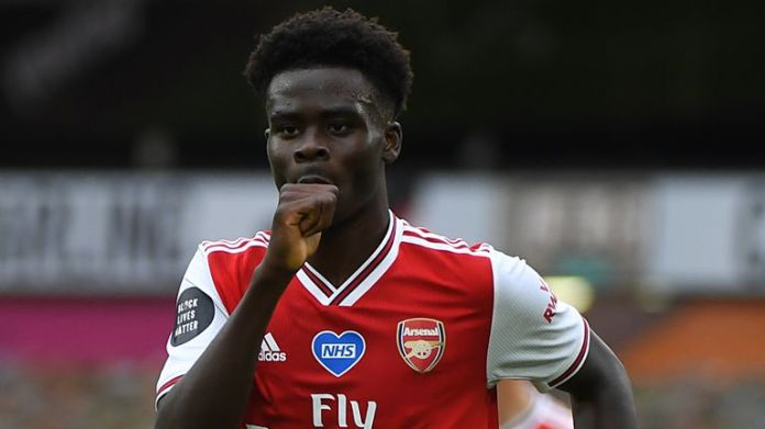 Wednesday, 18-year-old signs new deal with Arsenal