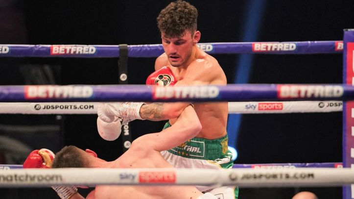 Reece Mould took a lot of punishment before Leigh Wood skittled him in the ninth round | Xu vs Wood