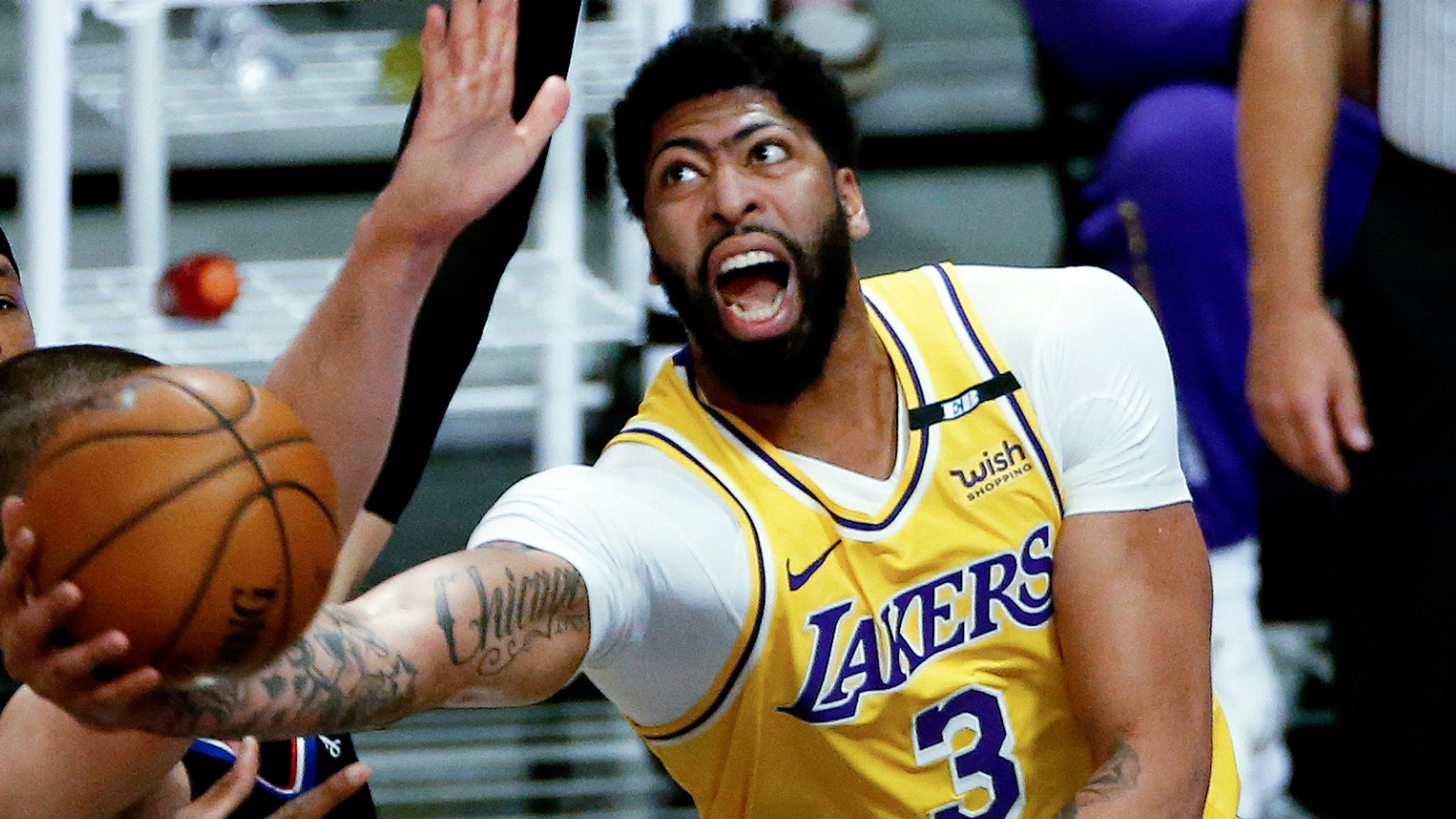 https www skysports com nba news 36244 12298800 lakers blown out by clippers as anthony davis goes down injured luka doncic leads mavericks past nets