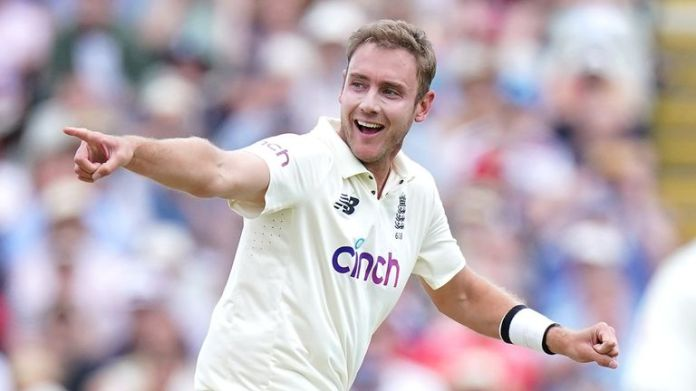England bowler Stuart Broad is committed to touring Australia this winter and does not expect the Ashes to be postponed.
