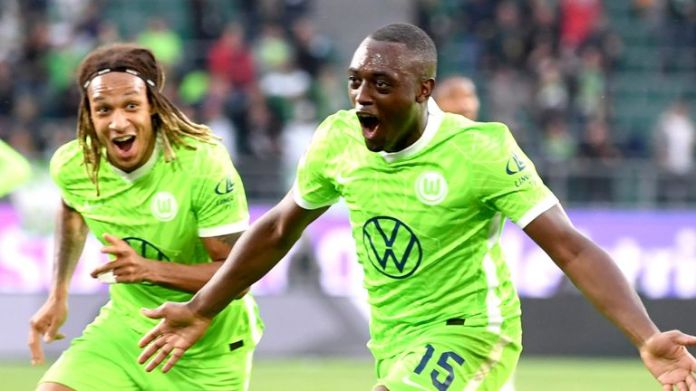 Jerome Roussillon secured Wolfsburg a third straight win