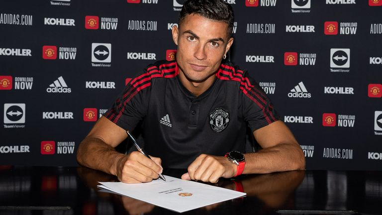 Cristiano Ronaldo will wear the No 7 shirt again for Manchester United