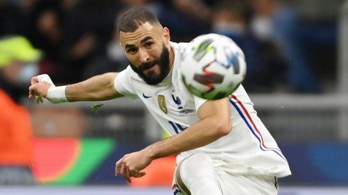Karim Benzema curls home France's equaliser