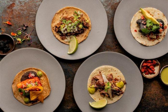 Mix of tacos, in Iztac.