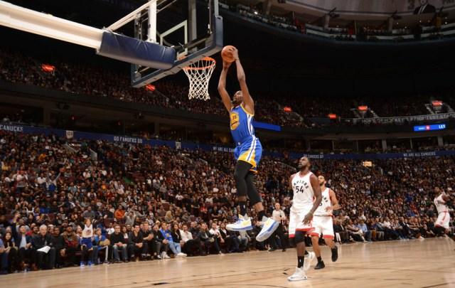 Primera canasta de Durant con los Warriors