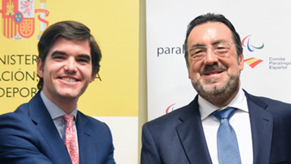 Jaime González, director general de deportes del CSD, y Miguel...
