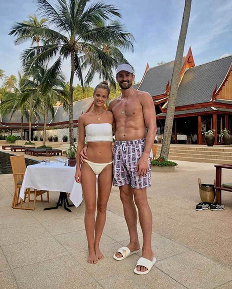 Kevin Love And Kate Bock - KATE BOCK and Kevin Love Out ...