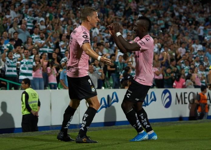 1.- Julio Furch | Santos | 9 goles