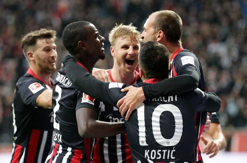 Bundesliga: El Eintracht golea al Bayern, que jugó con 10 desde el minuto 9  - Bundesliga