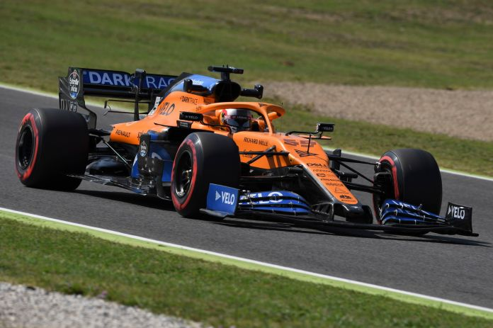 Mugello (Italy), 11/09/2020.- Spanish Formula One driver lt;HIT gt;Carlos lt;/HIT gt; lt;HIT gt;Sainz lt;/HIT gt; of McLaren in action during the first practice session of the Formula One Grand Prix of Tuscany at the race track in Mugello, Italy 11 September 2020. The 2020 Formula One Grand Prix of Tuscany will take place on 13 September 2020. (Fórmula Uno, Italia) EFE/EPA/Claudio Giovannini / Pool / POOL