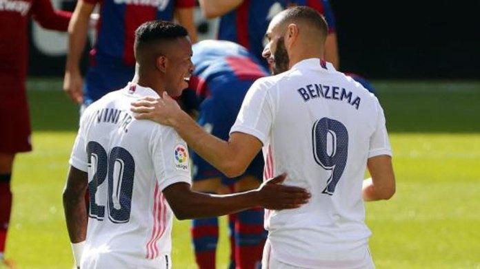 Dallimet midis Benzema dhe Vinicius