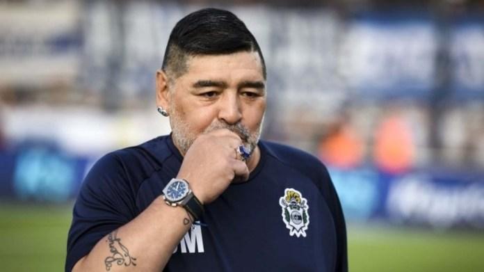 Avokati i Maradonës: Diego u braktis dhe kjo është arsyeja pse ai vdiq