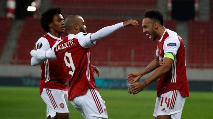 Pierre-Emerick Aubameyang feston pasi shënoi Arsenalin & apos; s tretë ...