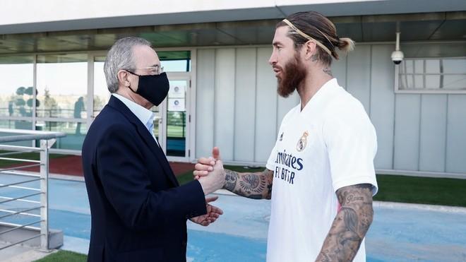 Florentino Perez dhe Sergio Ramos te Valdebebas