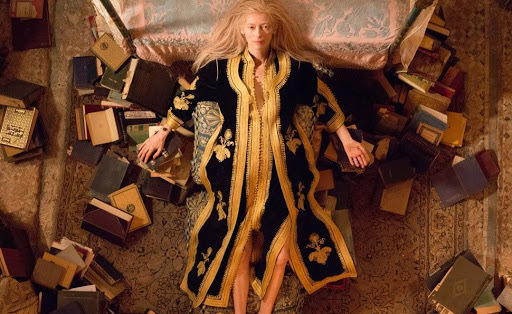 The mysterious character of Eve (Tilda Swinton) taken from a plane well-known to us these d