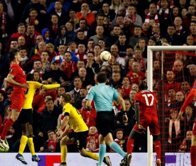 Lovren Heads Liverpools Winner In Stoppage Time